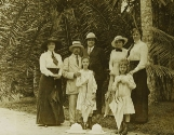 Family Members and mother of Gilles